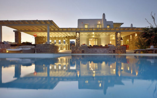 Luxury estate for sale in Mykonos