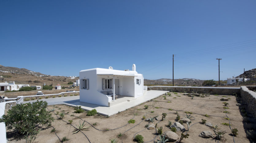 fully detached house for sale in Mykonos