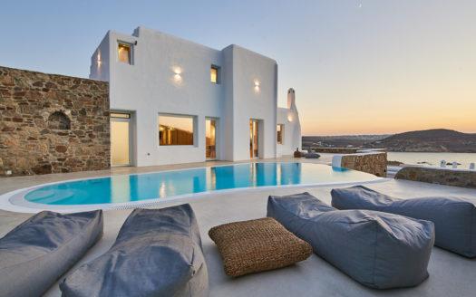luxury sea view villa in Mykonos