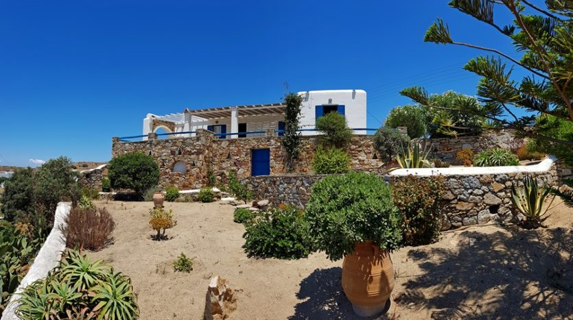 Fully independent house in Mykonos in Mykonos