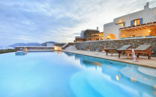 Sea and sunrise view villa in Mykonos